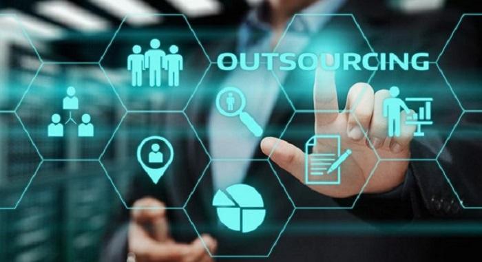 Outsourcing: qué es, cómo hacerlo y cuál es su fin